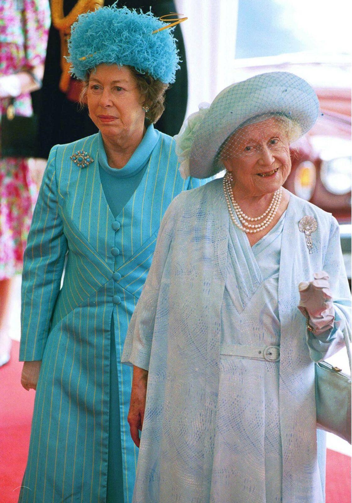 Mere De La Reine Elizabeth : reine, elizabeth, Elizabeth, Touchant, Hommage, Passé, Inaperçu, Discours, Noël