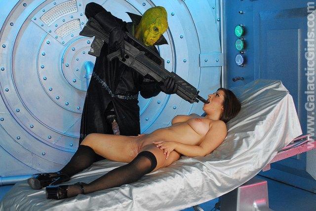 Movie Alien Breeder Attack 3 Movie