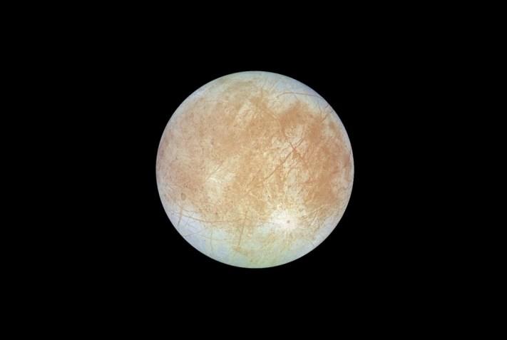 02-full-Europa-NASA-JPL-Stryk-Cassini