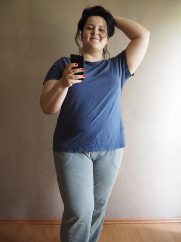 trzy lata ubrania sportowe plus size- okropne dresy