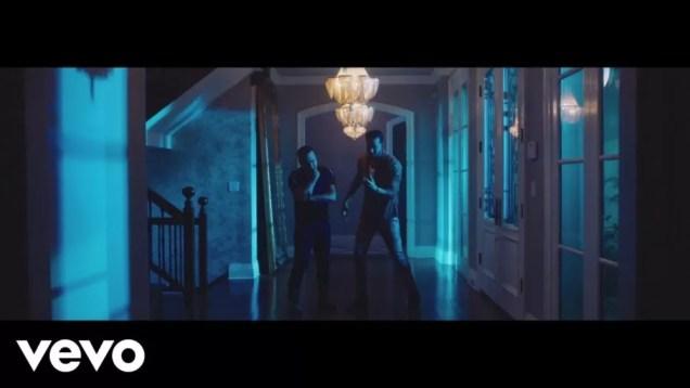 Romeo Santos, Zacarias Ferreira – Me Quedo (Official Video)