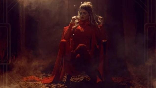Lady Laura – No Me Controlas