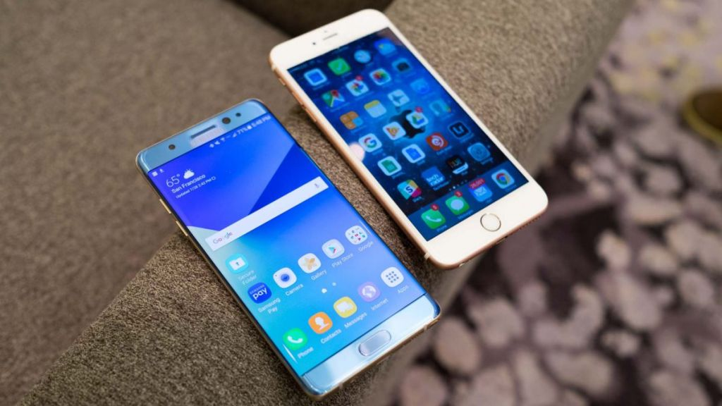 New Galaxy Note Phone vs Apple's Flagship Phablet - Which is the best one