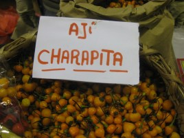 Great tasting hot pepper from the jungle, we ate many of these in Tarapoto and Iquitos.