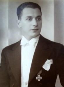 George Adamachi - instrumentist