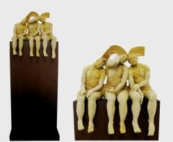 Carlos Marín, El viaje, 2014, cerámica de alta temperatura, 42 x 42 x 20 cm (Base 45 x 35 x 90 cm)