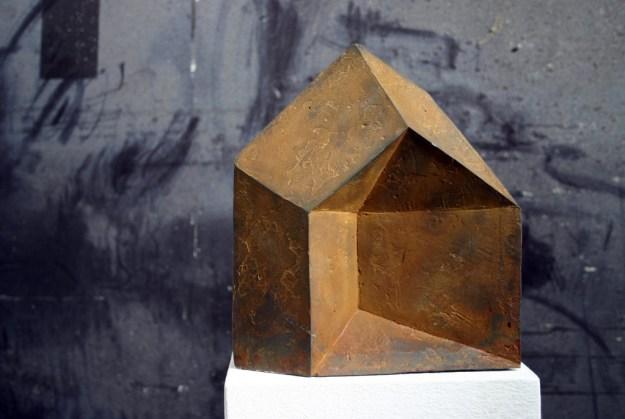 "Friedemann Grieshaber ""Gedrücktes Haus"", 2003, Eisenguss No.6, 22 x 20 x 4cm"