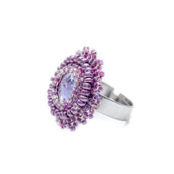 nastavljiv prstan iz perlic vijolično roza