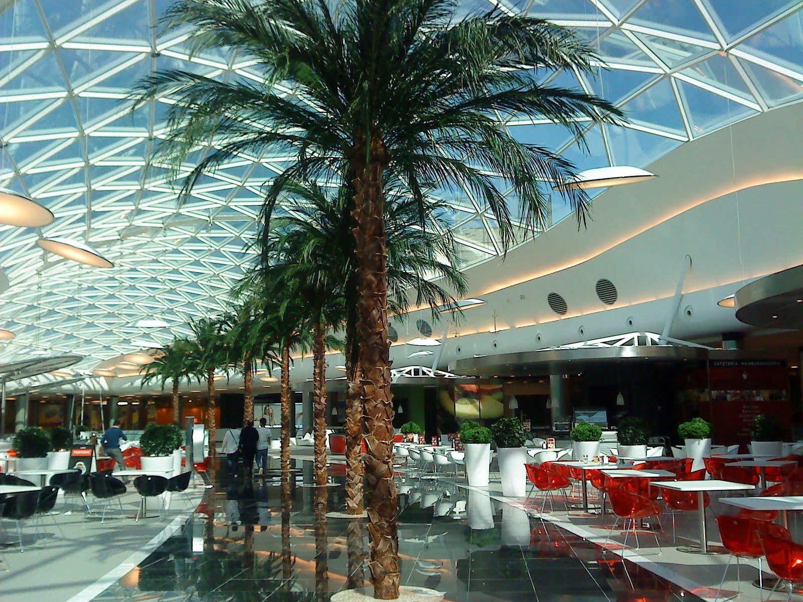 centro comercial Marineda City de La Corua  Galicia