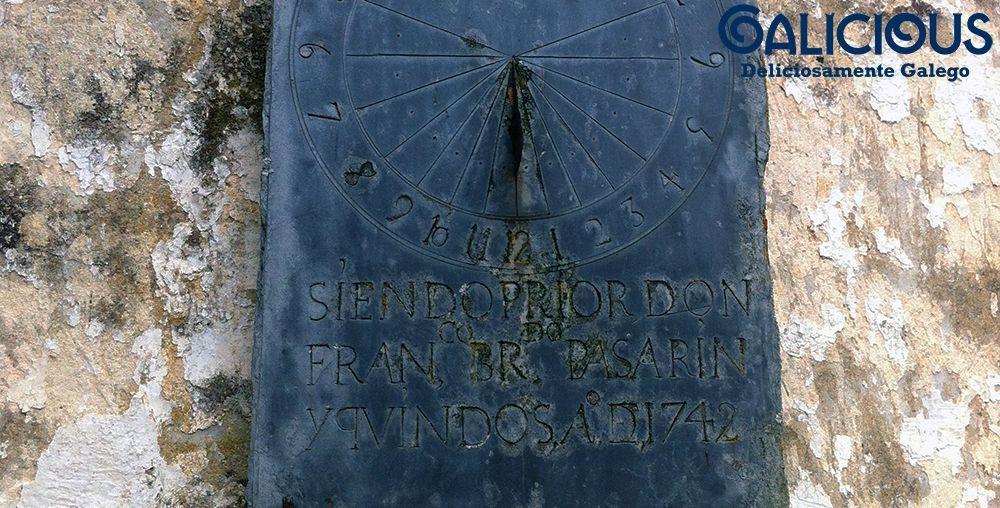 Reloj de Sol San Xoan dos Baos. Os Baos, Ribeira de Piquín, Lugo