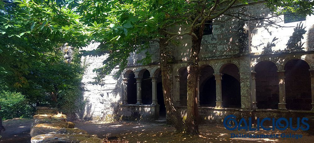 "Santa Cristina de Ribas de Sil ( Foto de ""100 cosas imprescindibles que hacer en Galicia"" ) By Galicious"