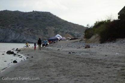 Semana Santa brings happy families to camp on the beach.