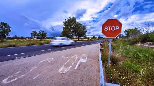 CVO-road-stop-600
