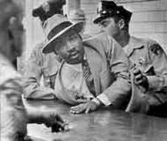 Gun owner, Martin Luther King, Montgomery arrest 1958. Denied carry permit based on race?