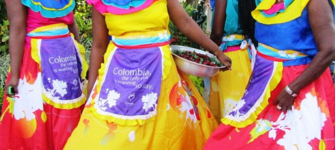 Colombians Enjoy Dancing In The Streets of Cartegena!