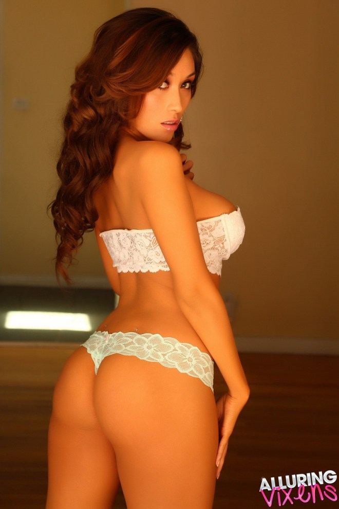 Stunning Alluring Vixen babe Hayleen teases in her lace bra and thong panties that leave little to the imagination