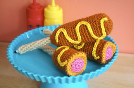 Crocheted corn dogs by Twinkie Chan