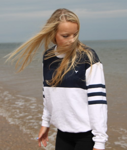 The Beluga Jumper In Navy & White