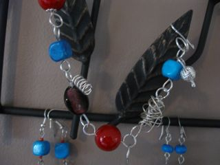 """""""Grantham Blue"""" charm bracelet and 2 pairs of earrings"""