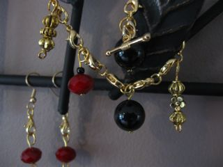 Grantham Gold: charm bracelet and matching earrings