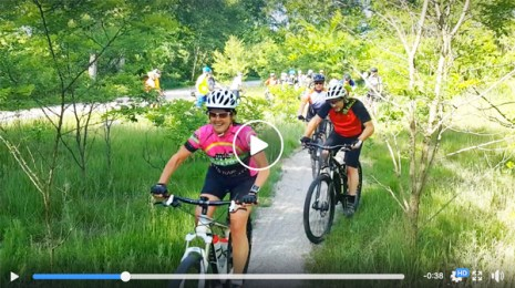 Hometown Bicycles Gravel Grinding 101 shop ride - that's a lotta cyclists!