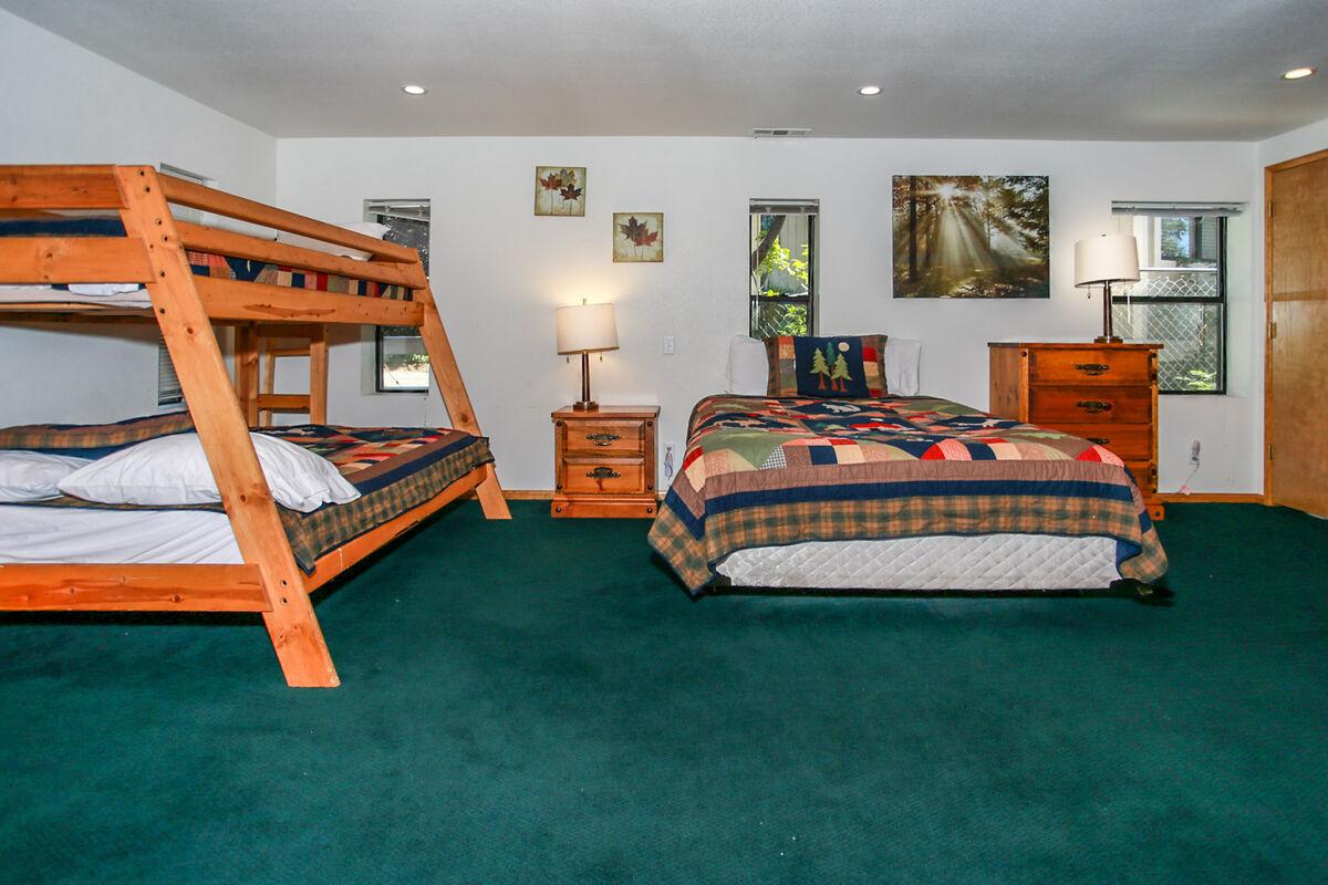 Reserve Breezy Estate 114 Big Bear Luxury Cabin Big Bear Vacations Big Bear Vacations
