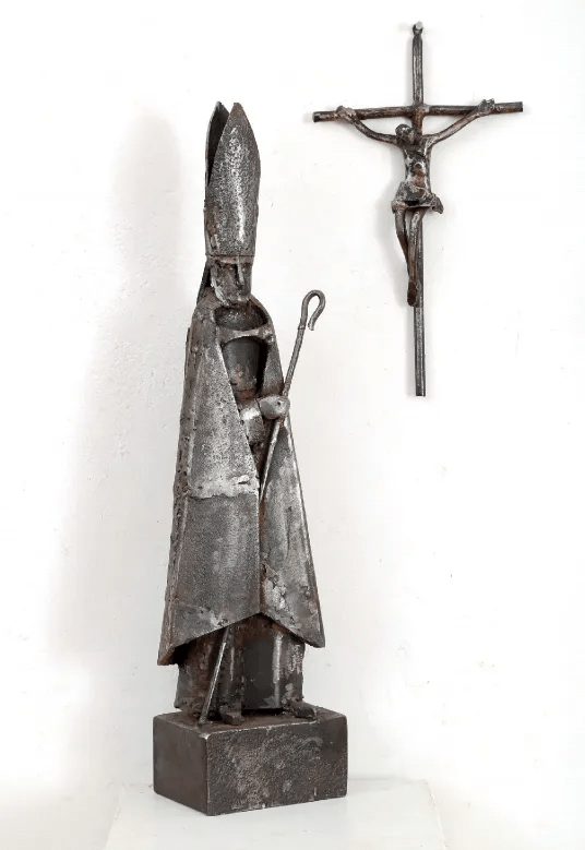 Arthur Azevedo, The Crucifix and the Embattled Institution, Mild Steel 70 x 16 x 11 cm