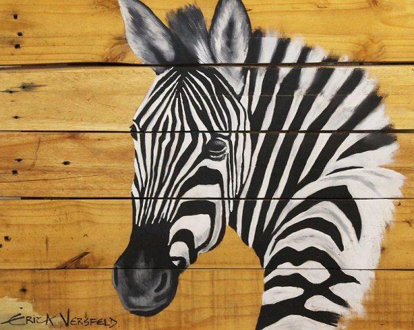 Piti head of a zebra painted on wood