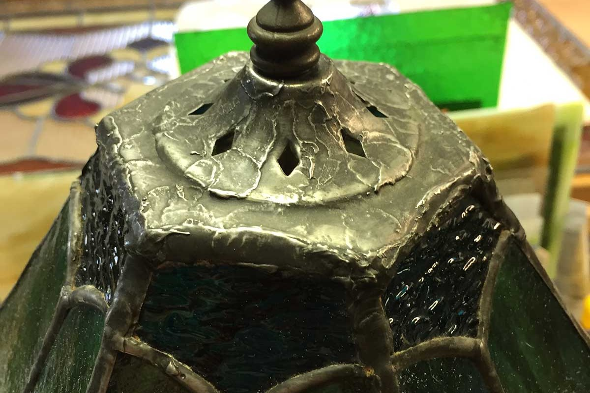Stained glass lamp finished vase cap
