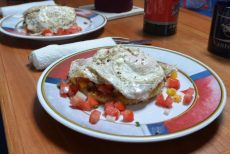 05 Fried eggs on egglant