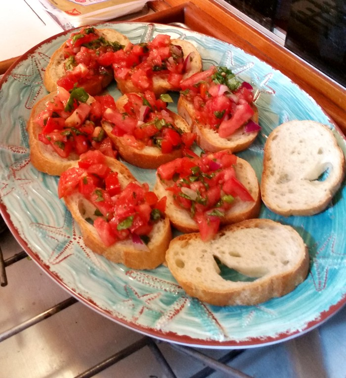 put-tomatoes-on-toast