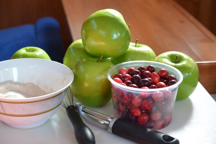 cranberries-and-apples