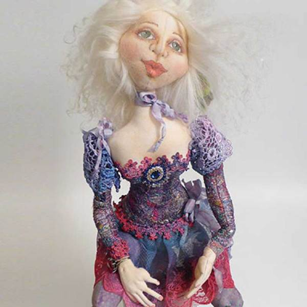 "Image from ""Cloth Doll Making"" DVD - Digital Download featuring Patti Medaris Culea"