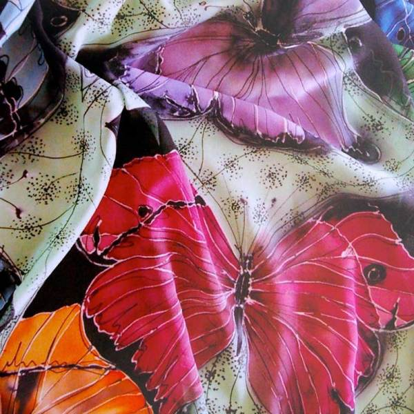 jill kennedy batik wax silk painting with kitska fine line resist and black gutta