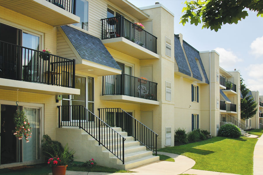 Newark Delaware apartments  Coopers Place  The Galman Group