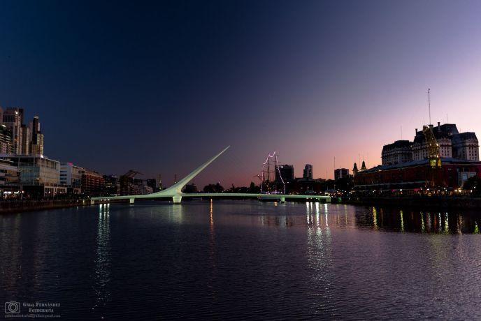 Sunset in el Puente de la Mujer, Puerto Madero - CABA - Restaurants Zone in Buenos Aires