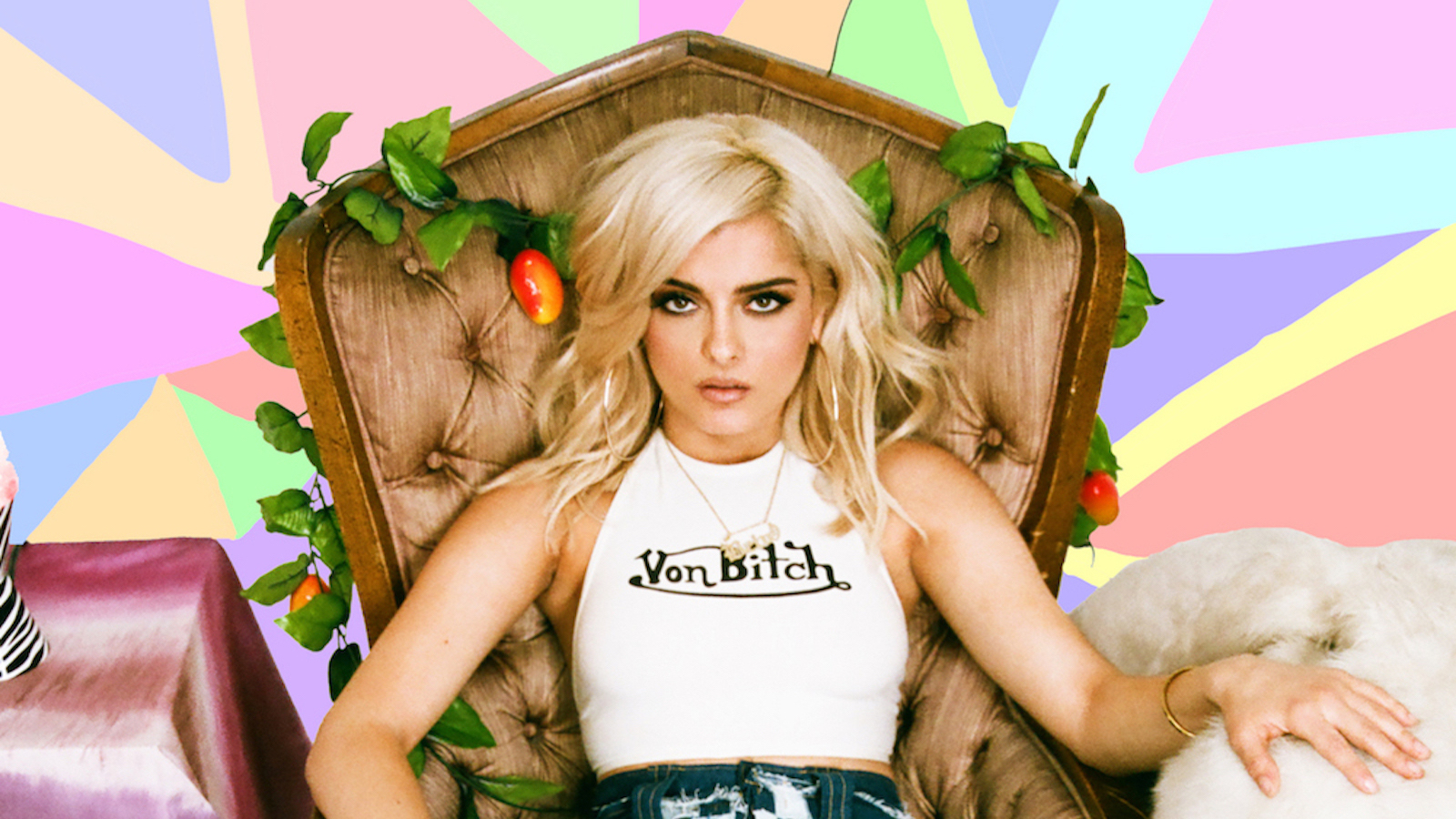 Tardis Girl Wallpaper Bebe Rexha Doesn T Want To Act More Feminine Thanks Galore