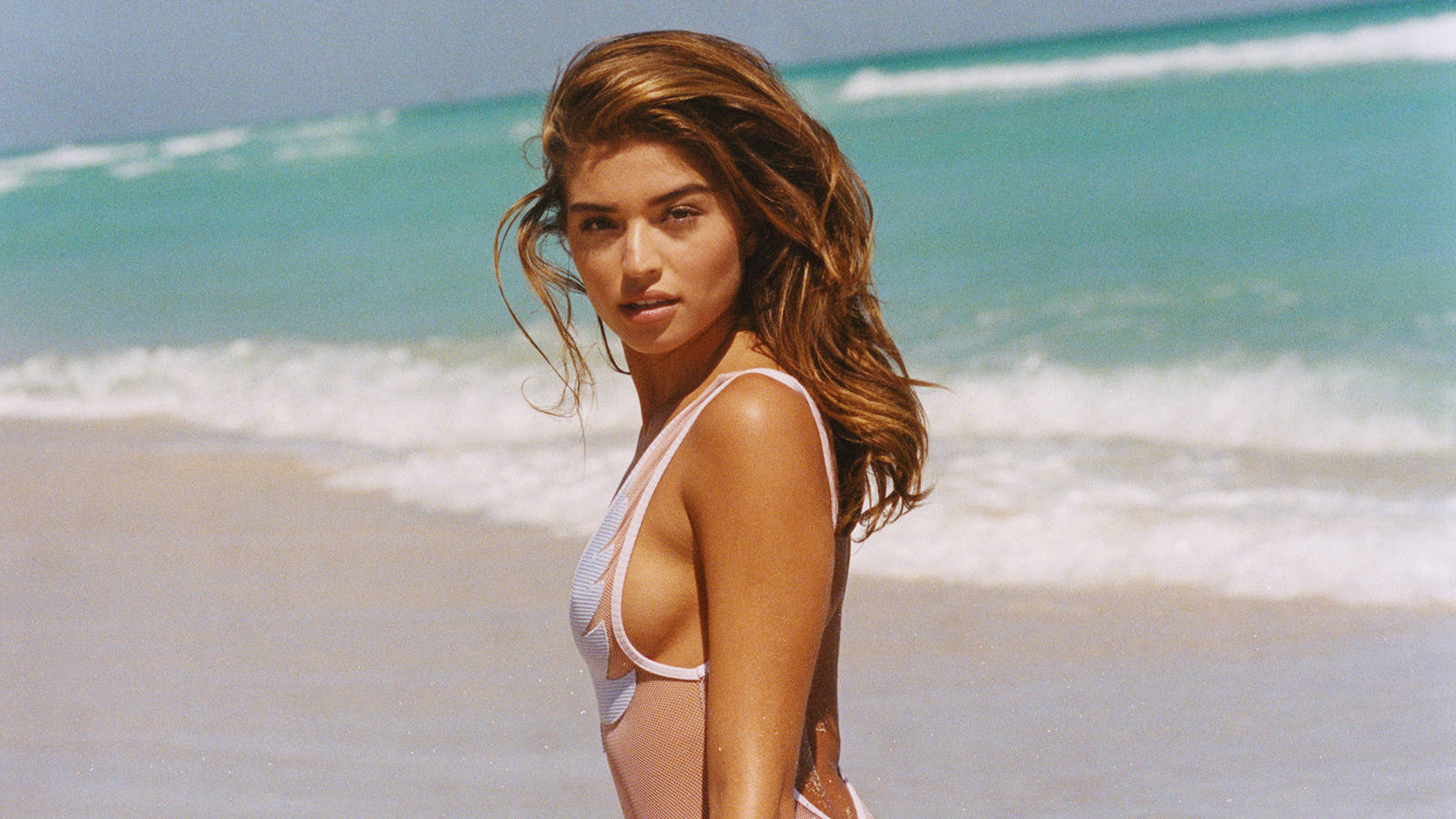 Daniela Lopezs Guide To Summer Beach Style Galore