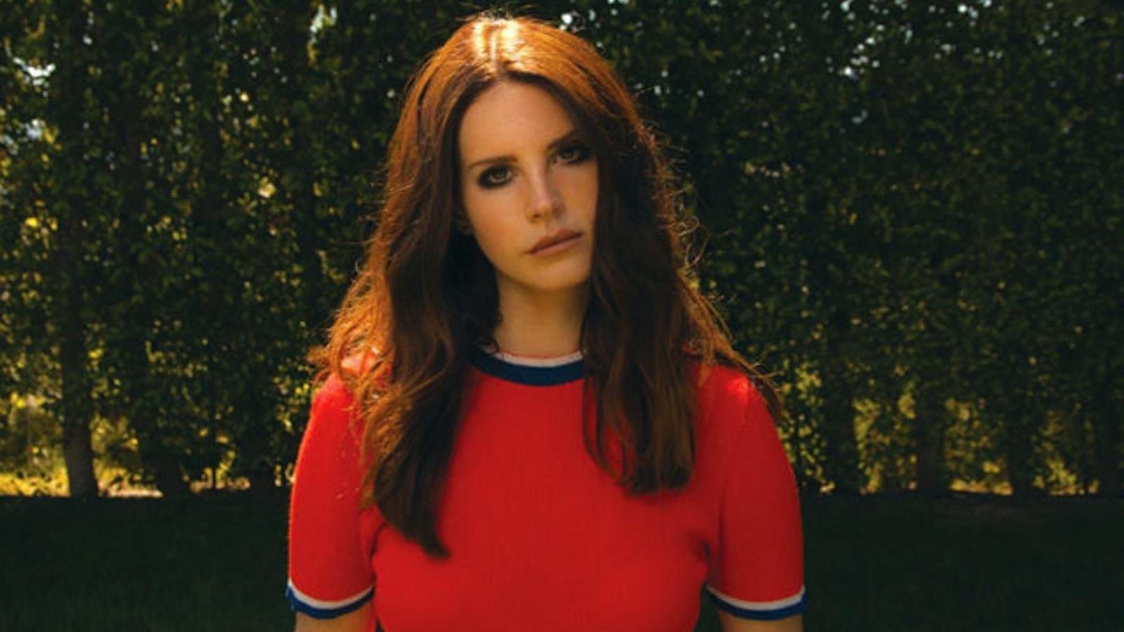 Lana Del Rey Isnt Anti Feminist Shed Just Rather Focus