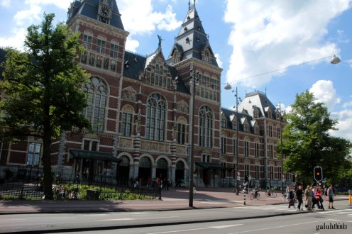 After 10 years renovation, Rijksmuseum is open again