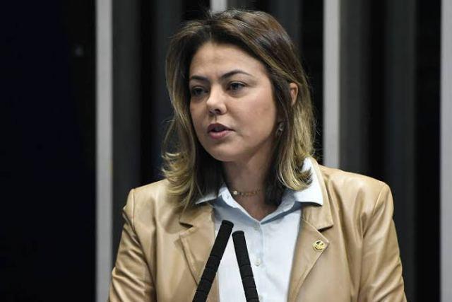 Senadora Leila Barros destina recursos para construção de creches e pavimentação de estradas de acesso a escolas rurais