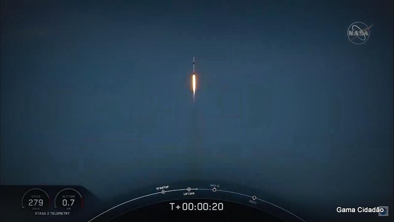 NASA e SpaceX lançam astronautas no espaço