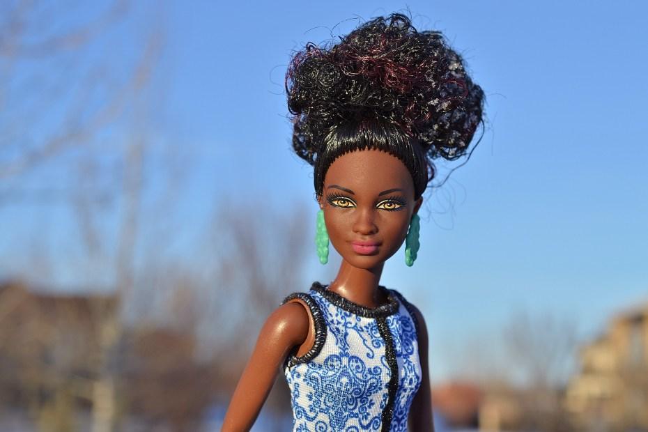 Pesquisa aponta falta de representatividade nos brinquedos no país