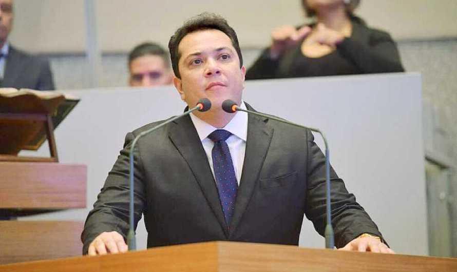Duas suplentes brigam pelo mandato de José Gomes, cassado pelo TSE por abuso de poder econômico