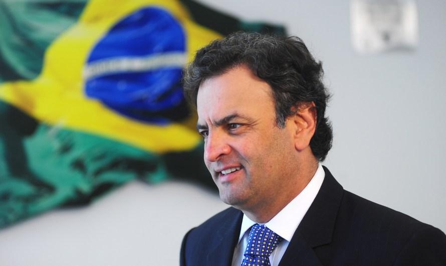 Voto impresso ganha força do PSDB de Aécio Neves