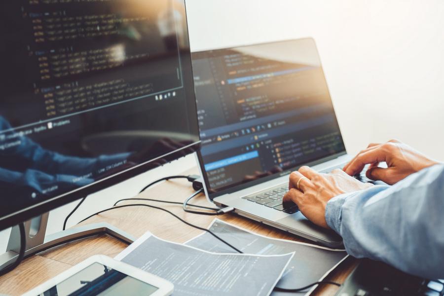 Curso gratuito de Desenvolvedor de Software oferece possibilidade de trabalho no Banco PAN