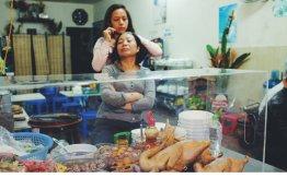 Haarpflege in der Straßeküche
