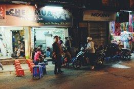 Straßenküche am Abend