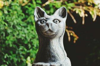 Katze aus Marmor