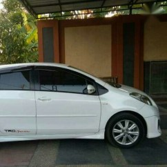 Toyota Yaris Trd Putih All New Camry India Launch Sportivo Mt 2012 Mobilbekas Com Mohon Tunggu